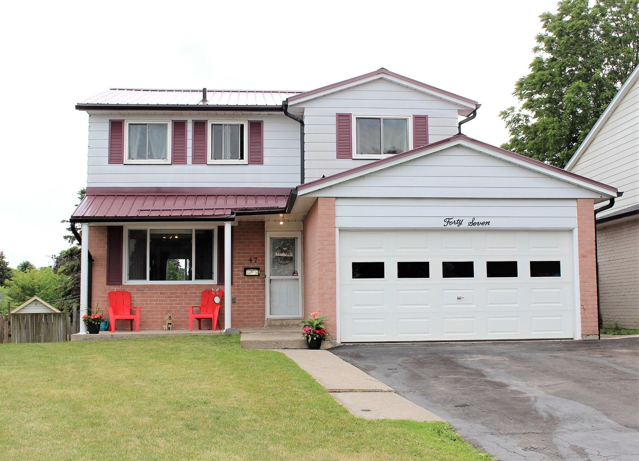 Main Photo: 47 Pochon Avenue in Port Hope: House for sale : MLS®# X5313250