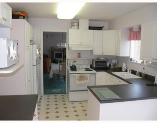 Photo 3: 4353 MARBLE Road in Sechelt: Sechelt District House for sale (Sunshine Coast)  : MLS®# V658231
