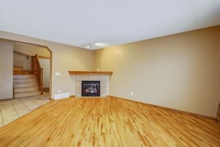Photo 6: 38 SOMERSIDE Crescent SW in Calgary: Somerset House for sale : MLS®# C4142576
