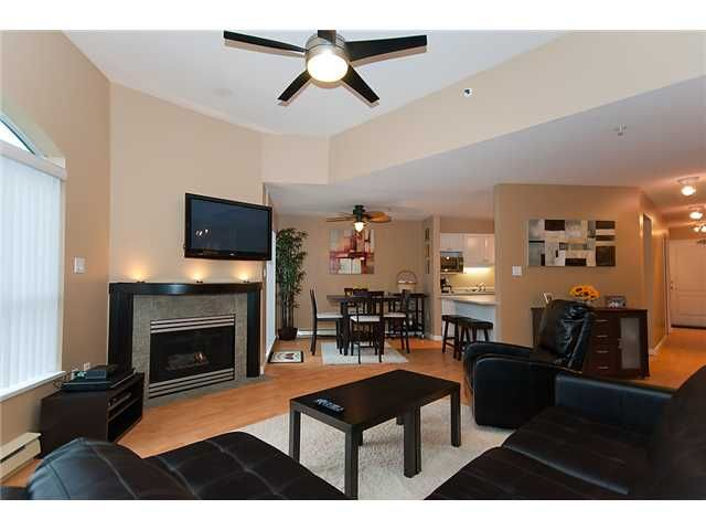 """Main Photo: 406 2559 PARKVIEW Lane in Port Coquitlam: Central Pt Coquitlam Condo for sale in """"THE CRESCENT"""" : MLS®# V864075"""