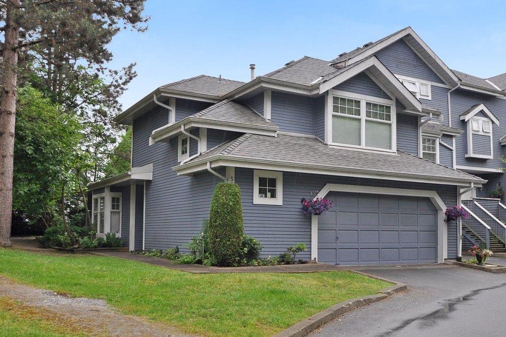 "Main Photo: 56 1140 FALCON Drive in Coquitlam: Eagle Ridge CQ Townhouse for sale in ""FALCON GATE"" : MLS®# R2172291"