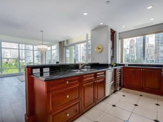 Photo 11: 803 428 BEACH Crescent in Vancouver: Yaletown Condo for sale (Vancouver West)  : MLS®# R2072146