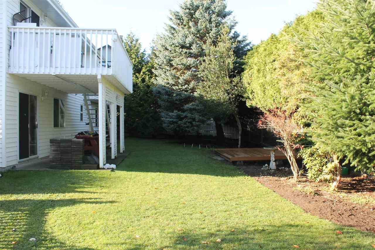 Photo 16: Photos: 1938 154A Street in Surrey: King George Corridor House for sale (South Surrey White Rock)  : MLS®# R2015886