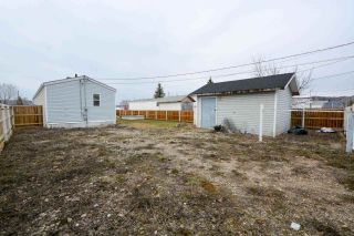 Photo 12: 10271 100A Street: Taylor Manufactured Home for sale (Fort St. John (Zone 60))  : MLS®# R2263686