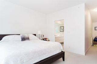 """Photo 11: 21 1133 RIDGEWOOD Drive in North Vancouver: Edgemont Townhouse for sale in """"Edgemont Walk"""" : MLS®# R2485146"""