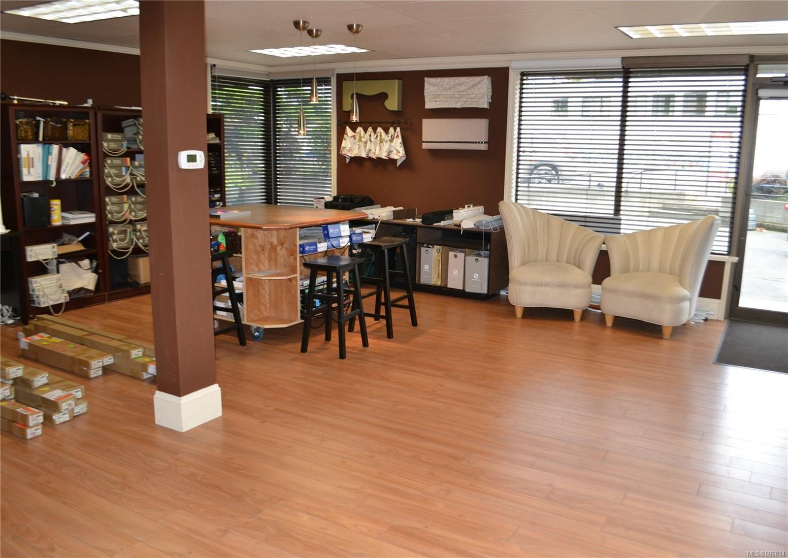 Main Photo: C 156 Government St in : Du West Duncan Retail for sale (Duncan)  : MLS®# 886814