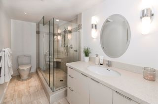 """Photo 13: PH4 1950 ROBSON Street in Vancouver: West End VW Condo for sale in """"THE CHATSWORTH"""" (Vancouver West)  : MLS®# R2619164"""