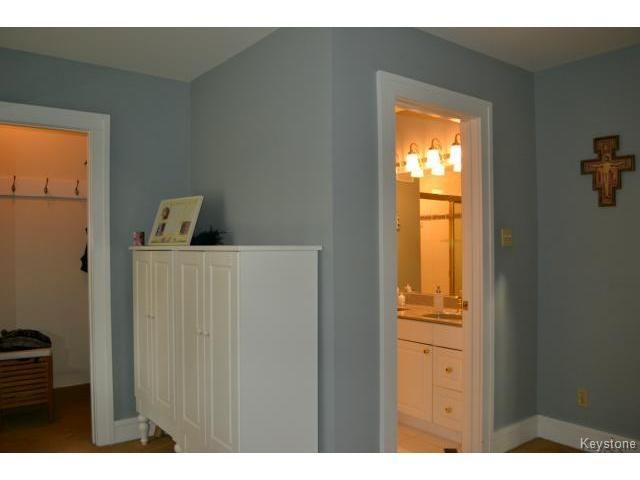 Photo 11: Photos: 260 Montrose Street in WINNIPEG: River Heights / Tuxedo / Linden Woods Residential for sale (South Winnipeg)  : MLS®# 1426549