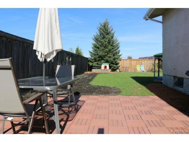 Photo 15: Photos: 10 Bellemer Drive in WINNIPEG: Fort Garry / Whyte Ridge / St Norbert Residential for sale (South Winnipeg)  : MLS®# 1513193