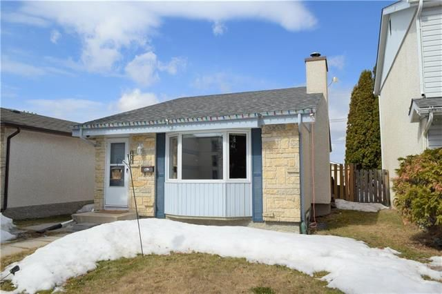 Main Photo: 111 Bayridge Avenue in Winnipeg: Fort Richmond Residential for sale (1K)  : MLS®# 1906205