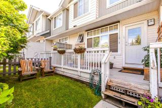 """Photo 1: 16 19480 66 Avenue in Surrey: Clayton Townhouse for sale in """"TWO BLUE"""" (Cloverdale)  : MLS®# R2079502"""