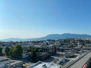 """Photo 4: 1102 1565 W 6TH Avenue in Vancouver: False Creek Condo for sale in """"6TH & FIR"""" (Vancouver West)  : MLS®# R2602181"""