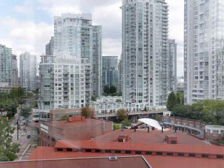 "Photo 6: 10A 199 DRAKE Street in Vancouver: Yaletown Condo for sale in ""Concordia 1"" (Vancouver West)  : MLS®# R2528895"