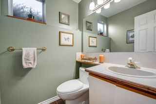 """Photo 16: 135 W ROCKLAND Road in North Vancouver: Upper Lonsdale House for sale in """"Upper Lonsdale"""" : MLS®# R2527443"""