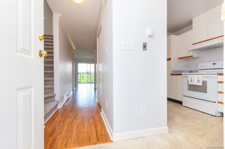 Photo 6: 10 630 Huxley St in Saanich: SW Tillicum Row/Townhouse for sale (Saanich West)  : MLS®# 840508