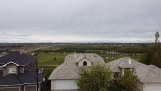 Photo 3: 50 Mt Gibraltar Heights SE in Calgary: McKenzie Lake Detached for sale : MLS®# A1113673