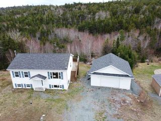Photo 1: 1536 Myra Road in Porters Lake: 31-Lawrencetown, Lake Echo, Porters Lake Residential for sale (Halifax-Dartmouth)  : MLS®# 202111472