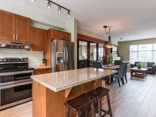 "Photo 10: 726 ORWELL Street in North Vancouver: Lynnmour Townhouse for sale in ""Wedgewood by Polygon"" : MLS®# R2500481"