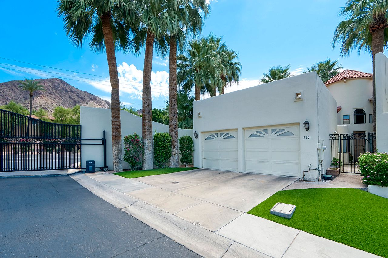 Main Photo: 4551 N 52nd Place in Phoenix: Arcadia Condo for sale : MLS®# 6246268