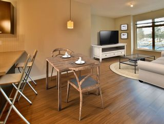 """Photo 8: 213 10455 UNIVERSITY Drive in Surrey: Whalley Condo for sale in """"D'Cor"""" (North Surrey)  : MLS®# R2443325"""
