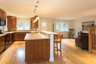 "Photo 3: 40177 BILL'S Place in Squamish: Garibaldi Highlands House for sale in ""Garibaldi Highland"" : MLS®# R2151264"