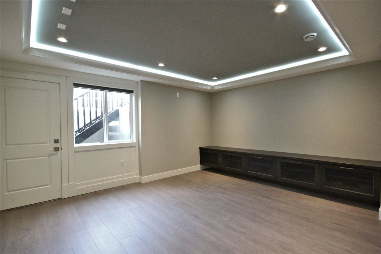 Photo 18: Photos: 3771 OXFORD STREET in Burnaby: Vancouver Heights House for sale (Burnaby North)