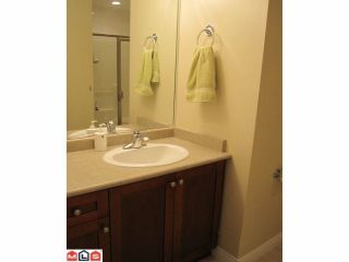 """Photo 9: 18 8717 159TH Street in Surrey: Fleetwood Tynehead Townhouse for sale in """"SPRINGFIELD GARDENS"""" : MLS®# F1011185"""