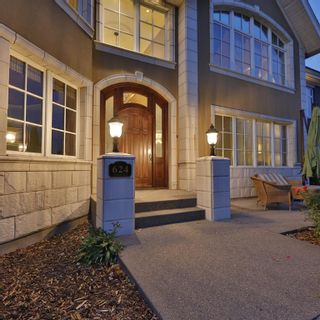 Main Photo: 624 Crescent Road NW in Calgary: Rosedale Detached for sale : MLS®# A1145910