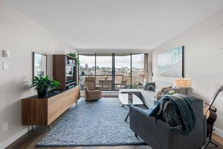 """Photo 11: 510 1490 PENNYFARTHING Drive in Vancouver: False Creek Condo for sale in """"Harbour Cove"""" (Vancouver West)  : MLS®# R2618903"""