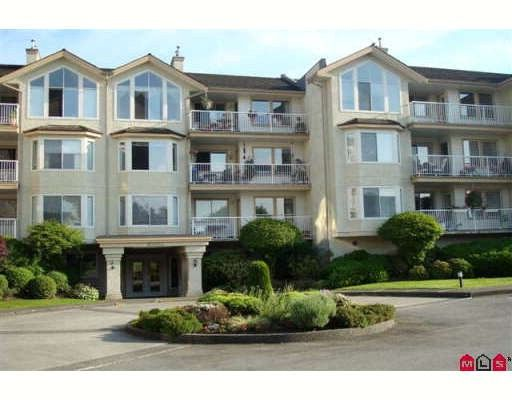 Photo 1: Photos: 315 20600 53A Avenue in Langley: Langley City Condo for sale : MLS®# F2913731