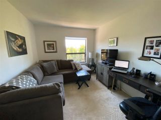 """Photo 12: 403 5855 COWRIE Street in Sechelt: Sechelt District Condo for sale in """"THE OSPREY"""" (Sunshine Coast)  : MLS®# R2581571"""