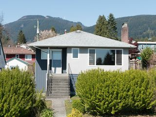 """Photo 1: 246 W 25TH Street in North Vancouver: Upper Lonsdale House for sale in """"UPPER LONSDALE"""" : MLS®# V1116307"""