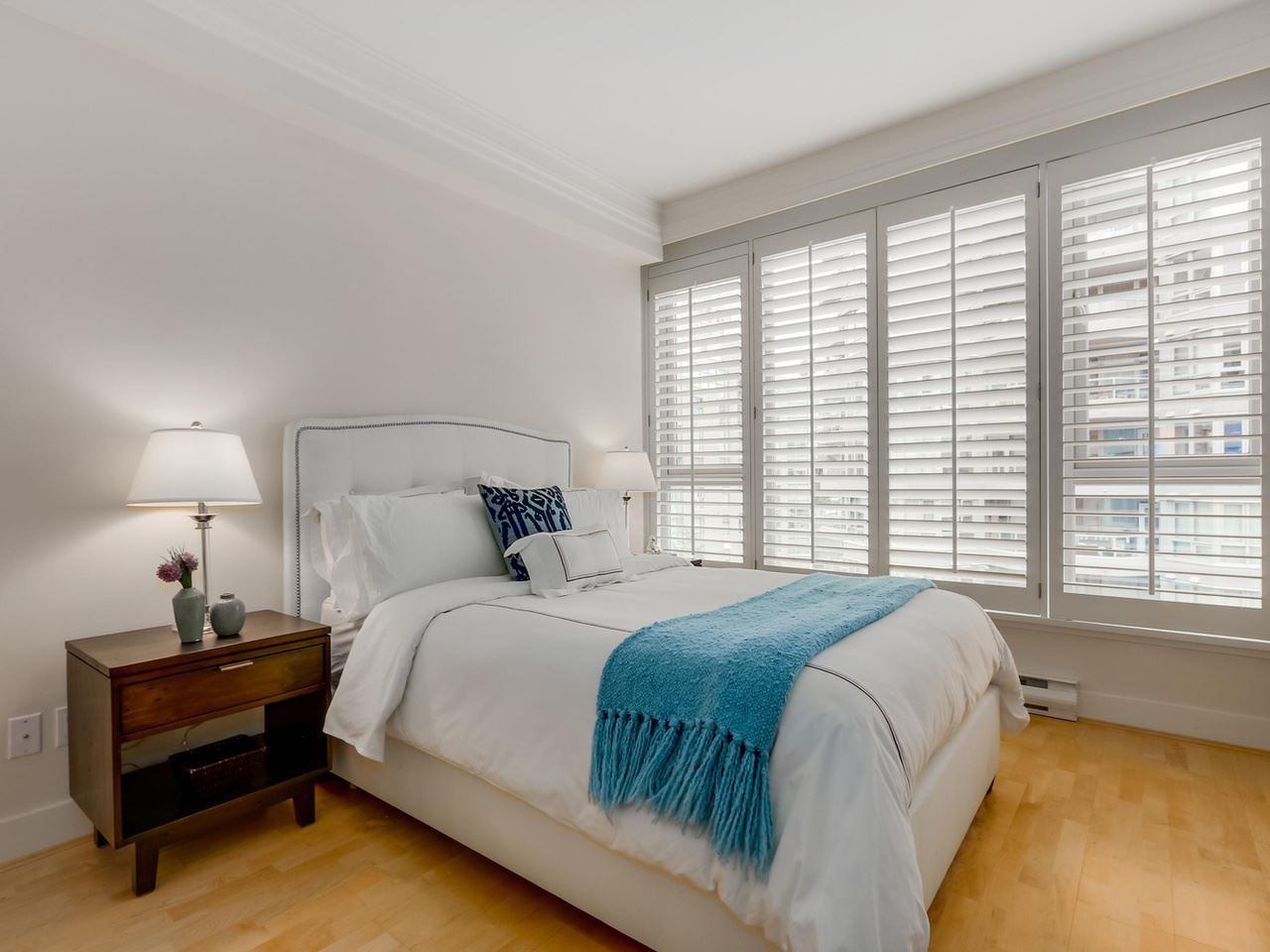 """Photo 14: Photos: 800 1675 HORNBY Street in Vancouver: Yaletown Condo for sale in """"SEAWALK SOUTH"""" (Vancouver West)  : MLS®# R2083569"""