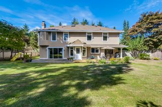Photo 3: 14242 31st Ave in South Surrey: Home for sale : MLS®# F1450575