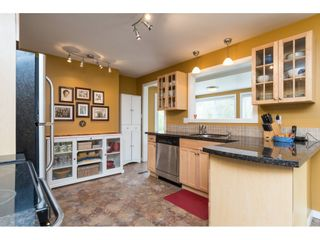 Photo 10: 15658 BROOME Road in Surrey: King George Corridor House for sale (South Surrey White Rock)  : MLS®# R2376769