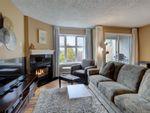 Main Photo: 301 3008 Washington Ave in : Vi Burnside Condo for sale (Victoria)  : MLS®# 888269