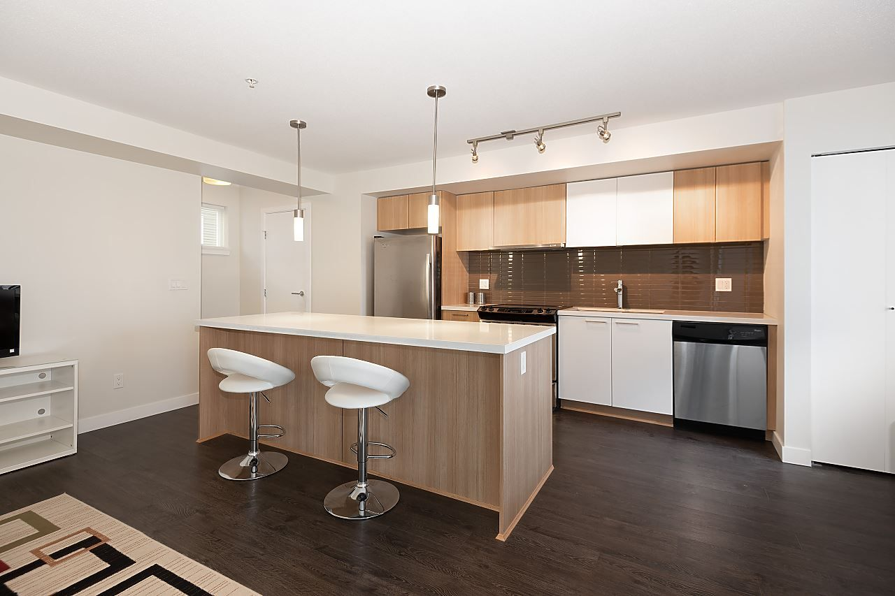 "Main Photo: 116 618 LANGSIDE Avenue in Coquitlam: Coquitlam West Townhouse for sale in ""BLOOM"" : MLS®# R2531009"