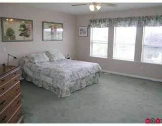 "Photo 5: 15331 80A AV in Surrey: Fleetwood Tynehead House for sale in ""SOUTH FLEETWOOD"" : MLS®# F2616282"