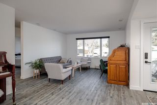 Photo 5: 7 Richmond Crescent in Saskatoon: Richmond Heights Residential for sale : MLS®# SK850087