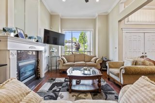 Photo 5: 9926 159 Street in Surrey: Guildford House for sale (North Surrey)  : MLS®# R2601106