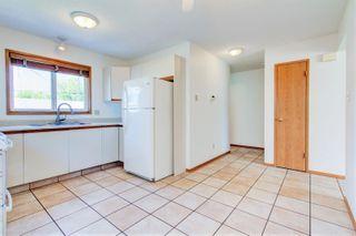 Photo 4: 10234 152 Street in Edmonton: Zone 21 House Half Duplex for sale : MLS®# E4249601