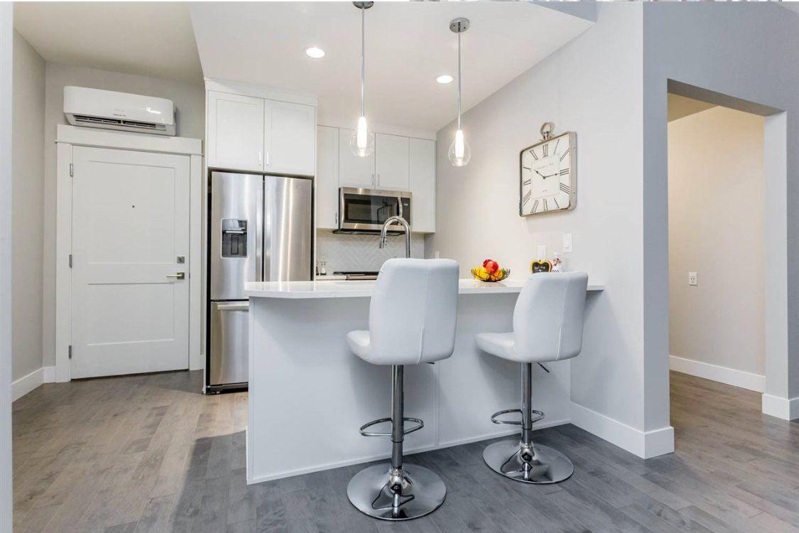 Main Photo: 315 2180 Kelly Avenue in Port Coquitlam: Condo for sale