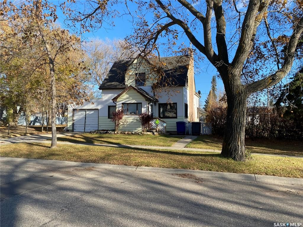 Main Photo: 506 3rd Street West in Wilkie: Residential for sale : MLS®# SK830660