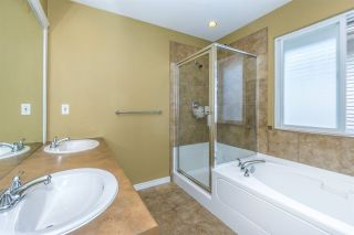 Photo 9: 6624 187A Street in Surrey: Cloverdale BC House for sale (Cloverdale)  : MLS®# R2287987