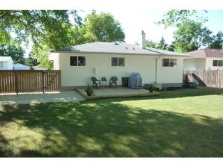 Photo 3: 83 Hammond Road in WINNIPEG: Charleswood Residential for sale (South Winnipeg)  : MLS®# 1115520