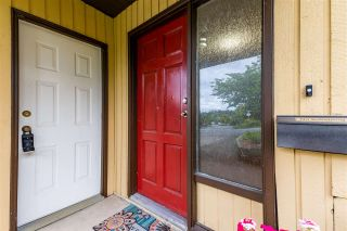Photo 4: 2330 WAKEFIELD Drive in Langley: Langley City House for sale : MLS®# R2586582