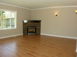 Photo 8: 8699 ASHMORE Place in Mission: Mission BC House for sale : MLS®# F1012872