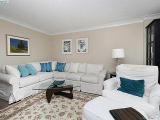 Photo 3: 708 225 Belleville St in VICTORIA: Vi James Bay Condo for sale (Victoria)  : MLS®# 811585