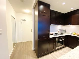 """Photo 11: 1902 821 CAMBIE Street in Vancouver: Downtown VW Condo for sale in """"RAFFLES"""" (Vancouver West)  : MLS®# R2432183"""