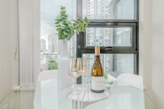 Photo 17: 1210 977 MAINLAND Street in Vancouver: Yaletown Condo for sale (Vancouver West)  : MLS®# R2592884